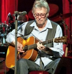 Eric-Clapton_2011