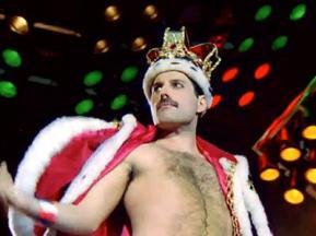 Freddie-Mercury-2